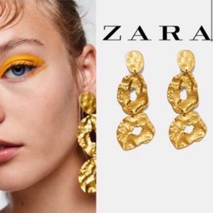 new 2/$35 🌹 ZARA Gold Statement Earrings